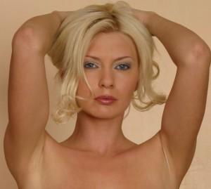 Mistress Cassandra 1-800-730-7164